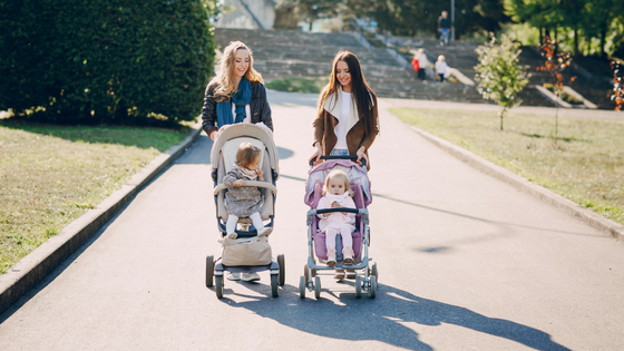 Making mum friends: how to connect with confidence