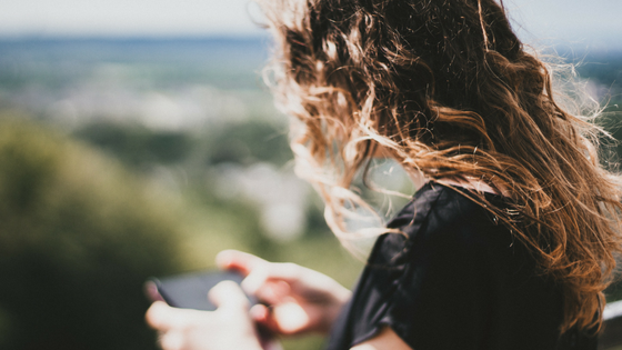 10 ways to be less attached to your phone (and why it matters)